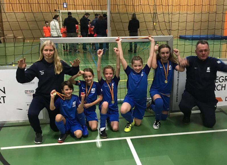 Platz 2. Soccerfeld Turnier in Alsenz E-Junioren